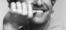 Bembeyaz dişler için 10 yöntem