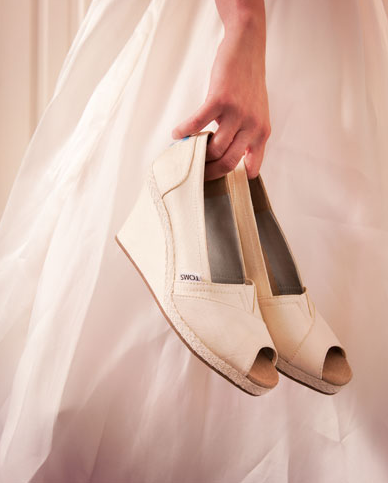 TOMS düğün ayakkabısı