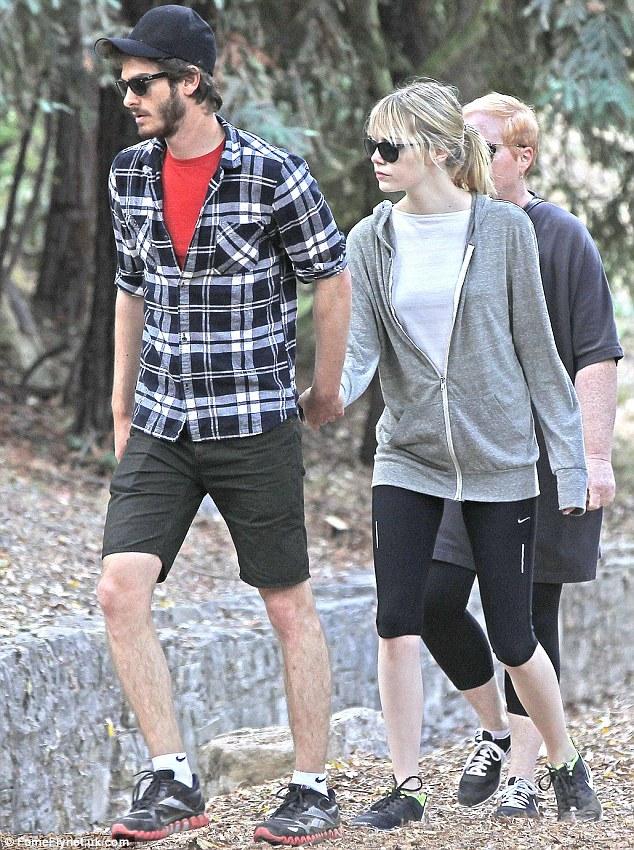 Andrew Garfield ve Emma Stone