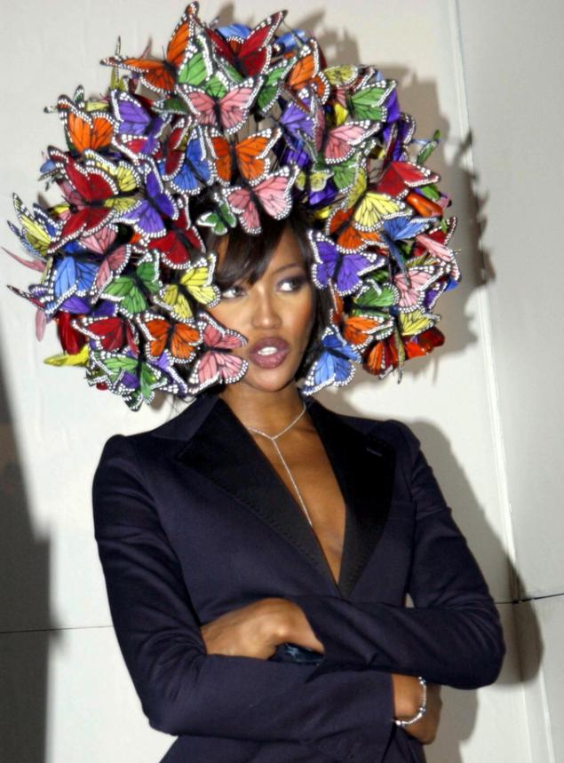 Ünlüler ve ilginç şapkalar